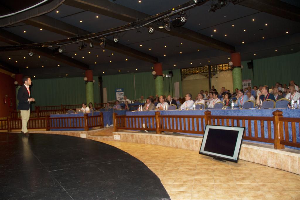 Miquel Olive en el XIX Congreso ANFEC